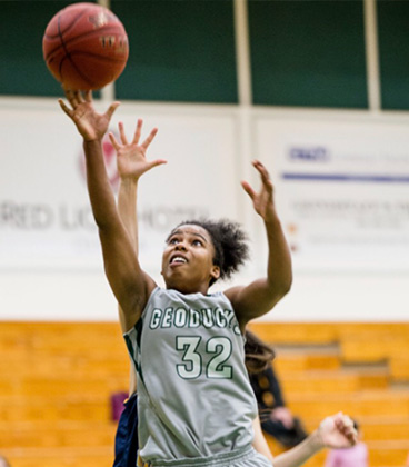Zaria Jones Commits to WVC Women's Basketball